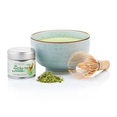 Matcha tea with bamboo blender set cebanatural